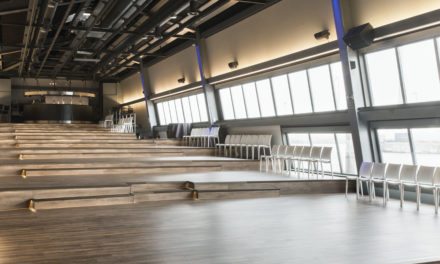 COREtec levert vloeren voor Antwerpse feestzaal