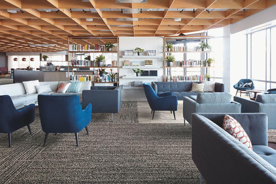 Interface: tapijttegels tegen kantoorstress