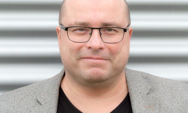 Dennis Kosten directeur van VLOK