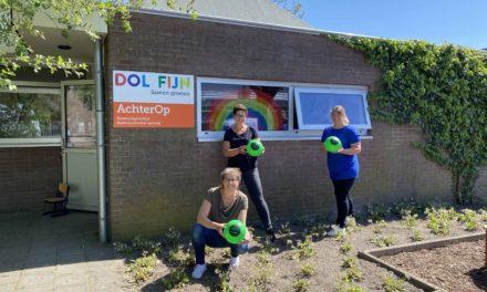 T&G Wood schenkt 200 voetballen aan DOLFIJN