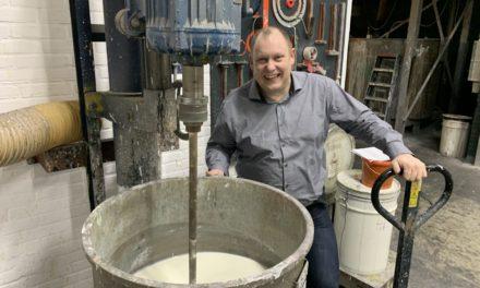Chris de Vries van RIGO Verffabriek naar Doetinchem Parket